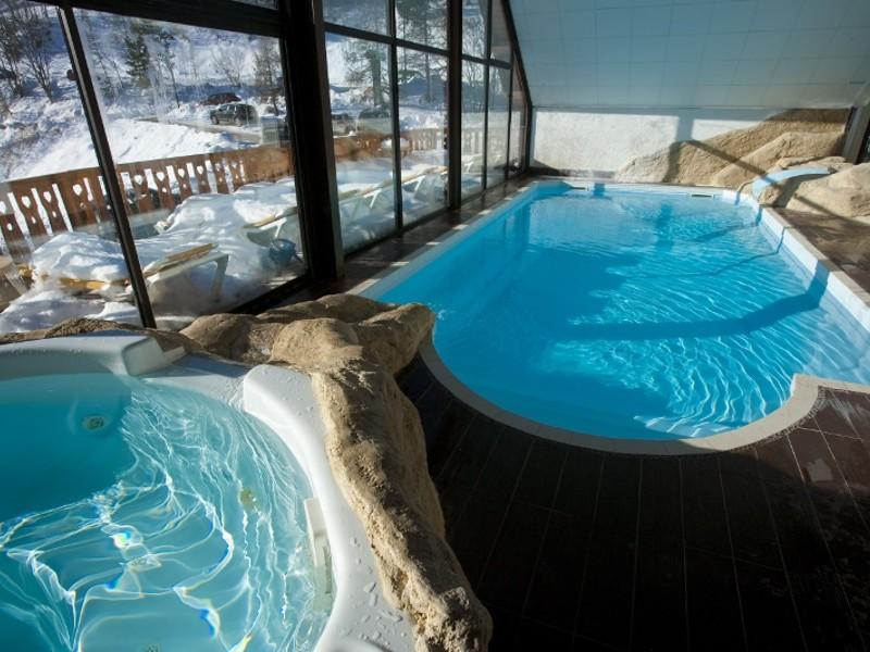 photo piscine hôtel les begers hebergement week end rafting ou canyoning en ubaye