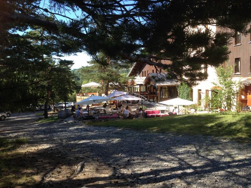 CE ou comite d'entreprise en ubaye au village vacance lou rioclar en ubaye avec evp alpes du sud