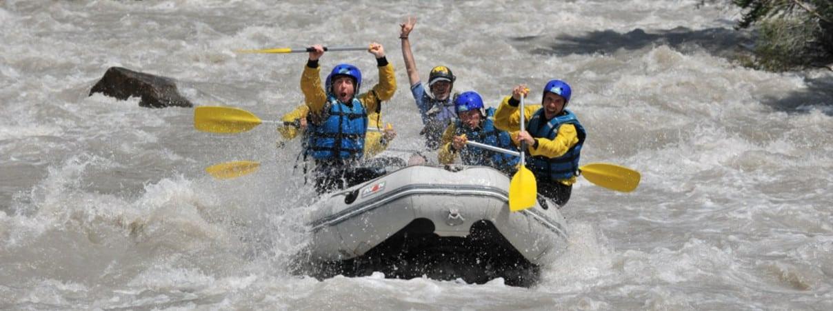 Rafting sur le parcours sportif de l'Ubaye pres de barcelonnette