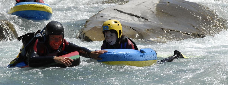 Desente en hydrospeed avec vico sur l'ubaye près de barcelonnette