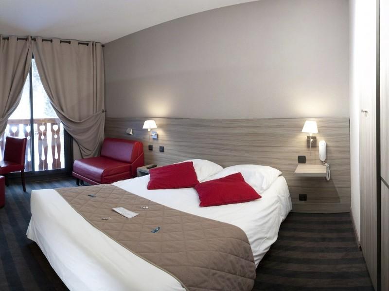 photo de chambre hotel les bergers wekkend rafting ou canyoning en ubaye